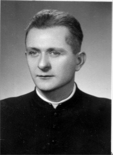 8 - Swierkowski 1963.jpg